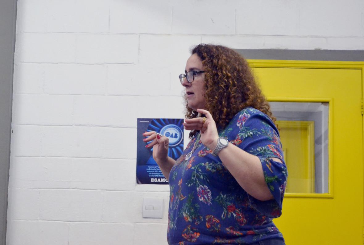 Professora Eliane Cobra, responsável pelo projeto de Saúde e Sexualidade